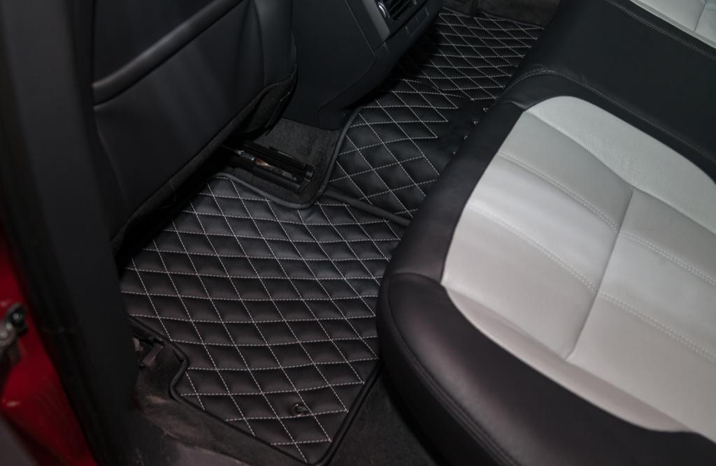 Jakie dywaniki do samochodu wybrać?